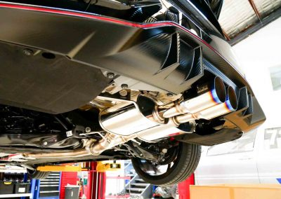 Service Center 24 Service Center Here at Revzone, we have all the proper tools and experience required to perform full service on any makes of cars. Our technicians are professionals and certified. There is rarely a problem that we cannot repair efficiently and effectively.